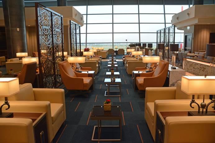 Emirates abre novo lounge no Aeroporto Internacional de Roma