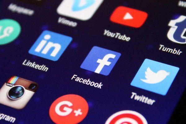 Como procurar (bem) trabalho nas redes sociais?