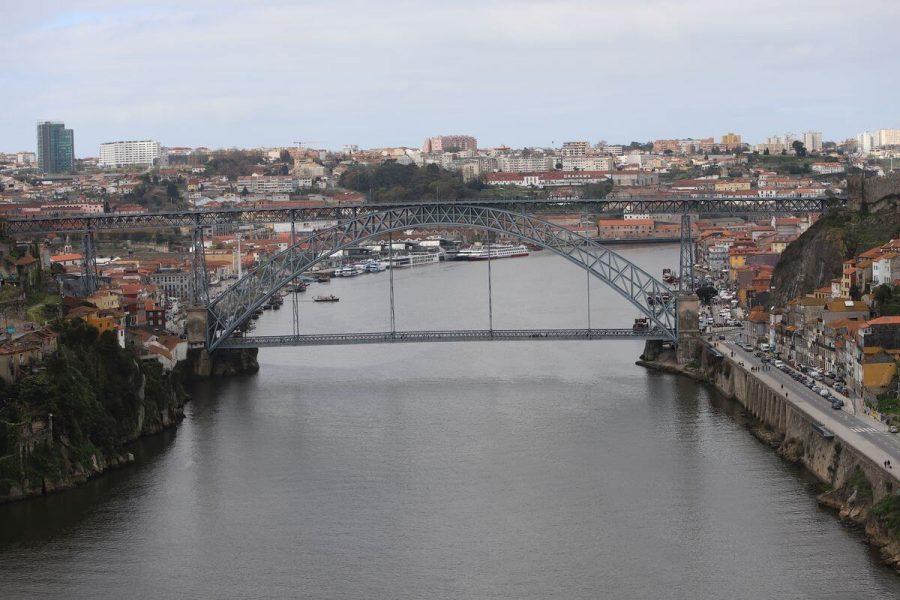 Porto vai receber 4 voos por semana da Emirates