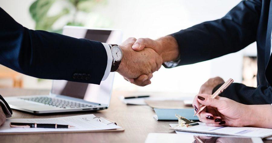 Adecco anuncia parceria com a Nestlé para recrutar 100 pessoas