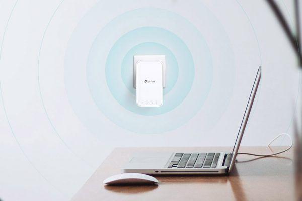 TP-Link reforça gama Wi-Fi Mesh com o extensor Wi-Fi AC1200 RE300