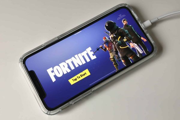 Fortnite iPhone Apple