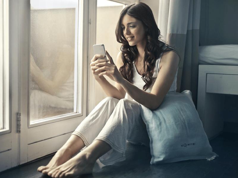 mulheres enganadas redes sociais
