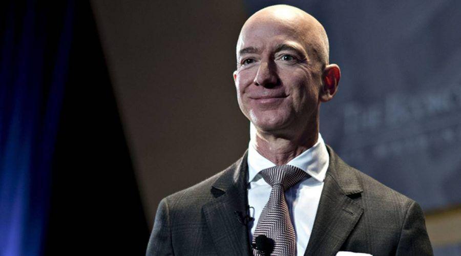 Jeff Bezos ultrapassado por Elon Musk nos mais ricos do mundo