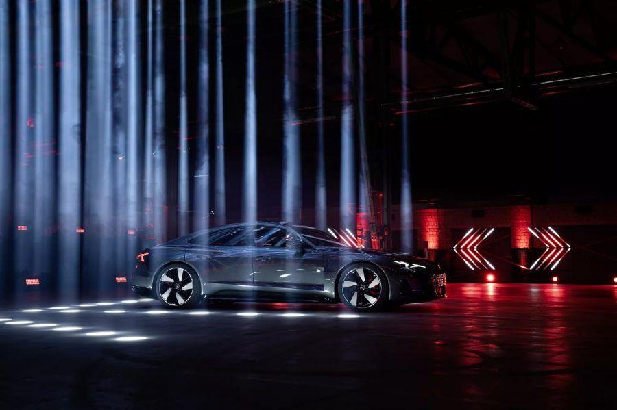 Audi e-tron GT mesma base do Porsche Taycan