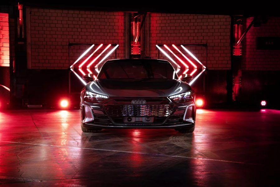 A210584 large Audi, Audi e-tron GT, carro elétrico, mobilidade elétrica