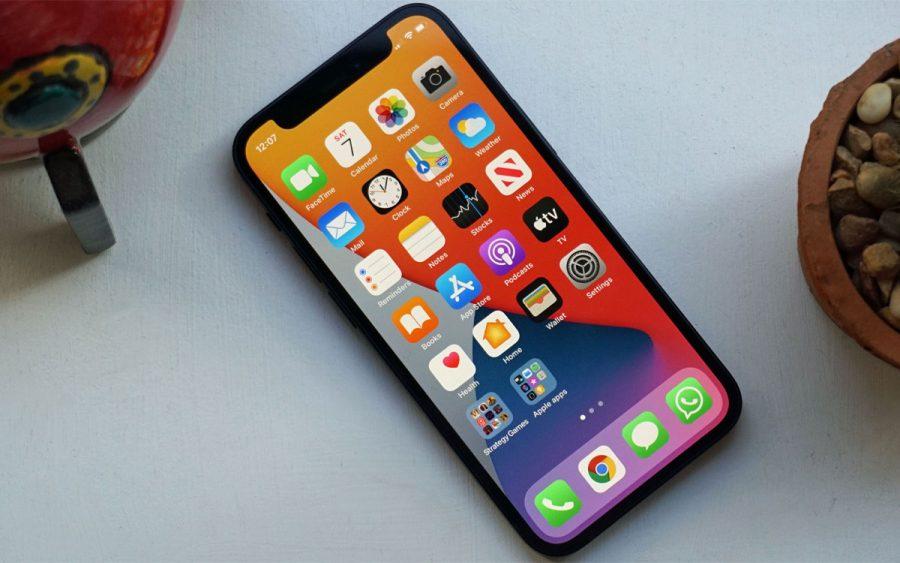 Apple iPhone 13 Always-on Display