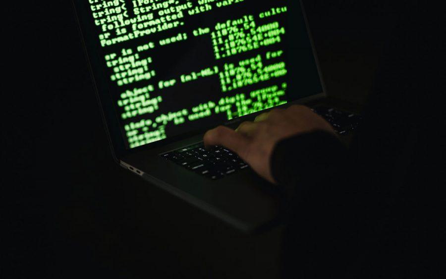 Ciberataques hackers fake news