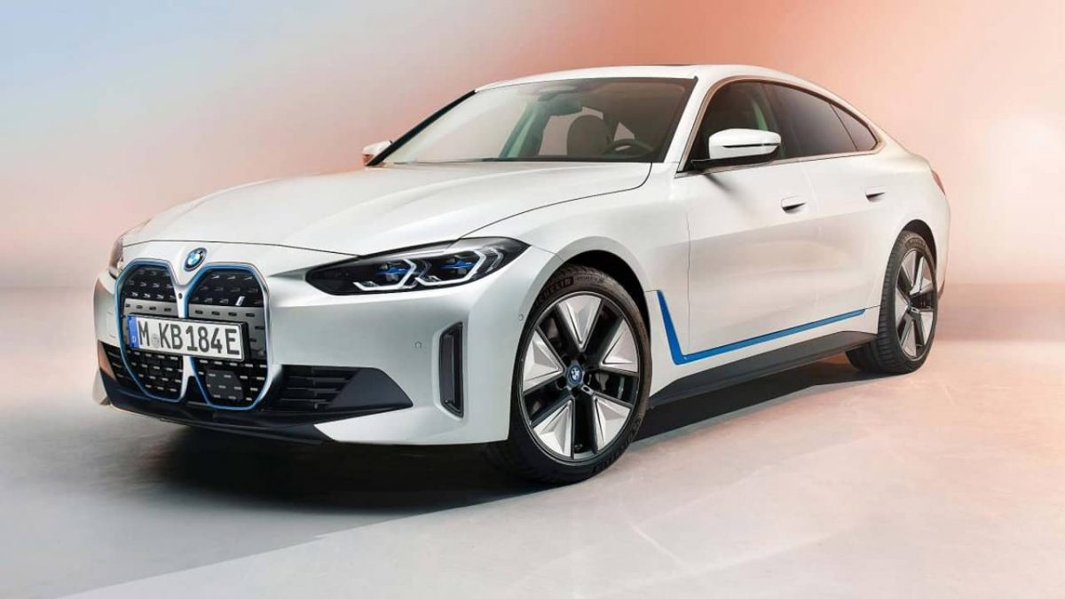 BMW i4 sedã carro elétrico 5