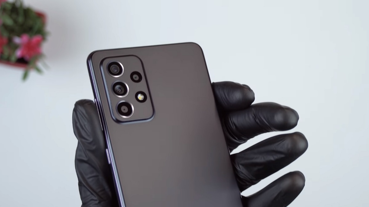Samsung Galaxy A52 5G unboxing