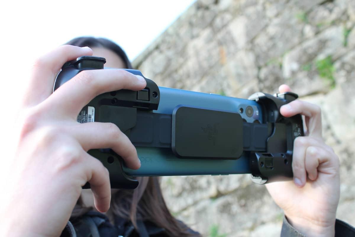 Razer Kishi Mobile Gaming Review