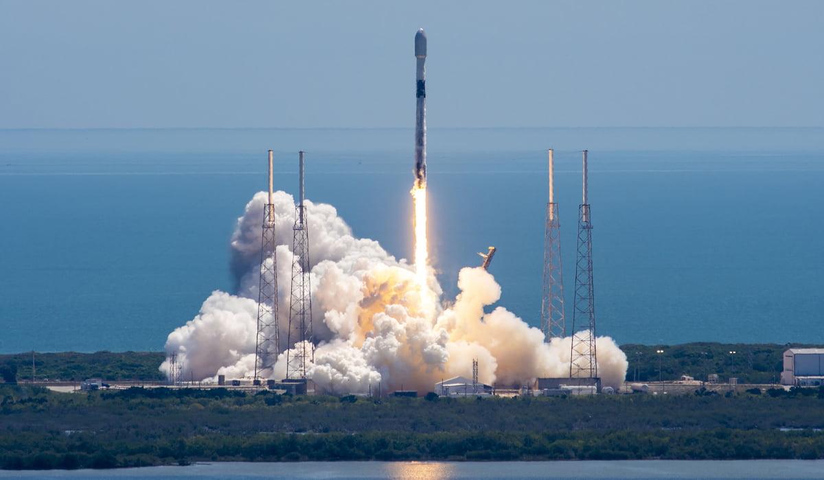 Starlink SpaceX internet Elon Musk