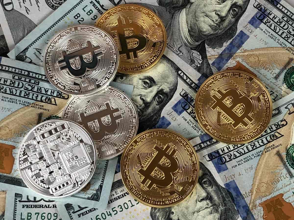 bitcoin - blockchain - smart contracts