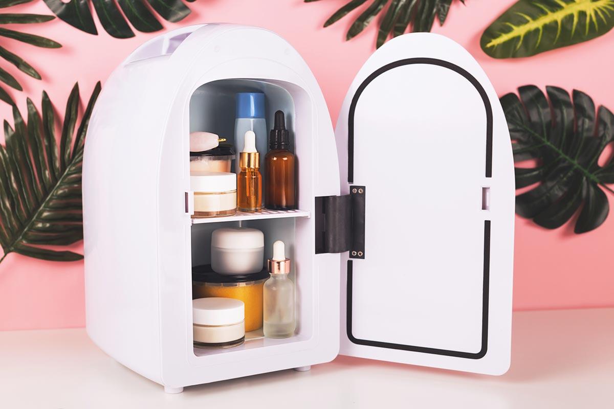 Refrigerador de produtos de beleza