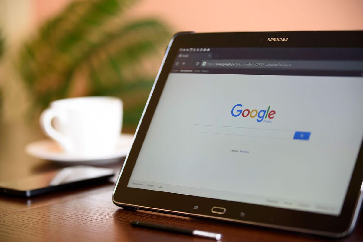 Google: maioria dos portugueses desconhece truques para pesquisar online